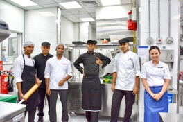 The very energetic kitchen & serving crew