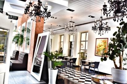Wanderlusting: contemporary restaurant design, so bright & pretty