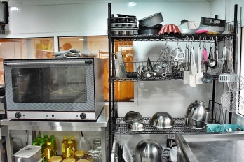 Manuka's adorable, and organised kitchen
